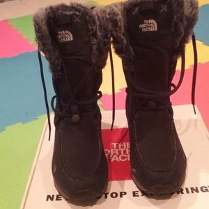 womens north face boots sz 8.5